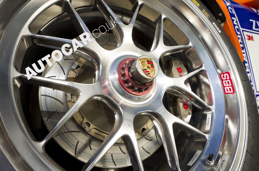 Porsche 911 GT3 R Hybrid alloys