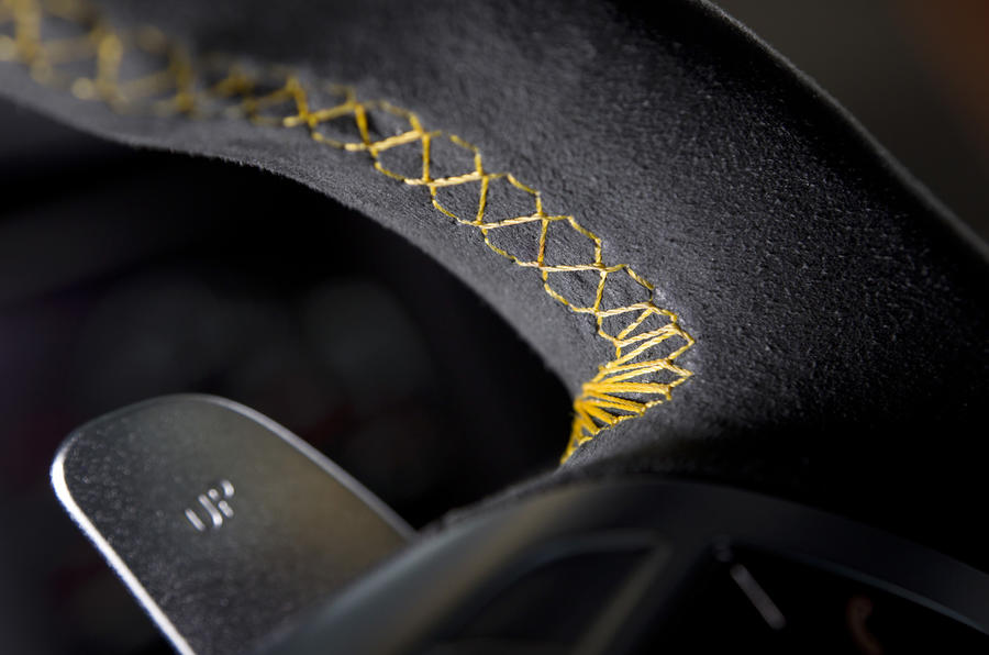 Mercedes-AMG C 63 Black Series paddle shifters