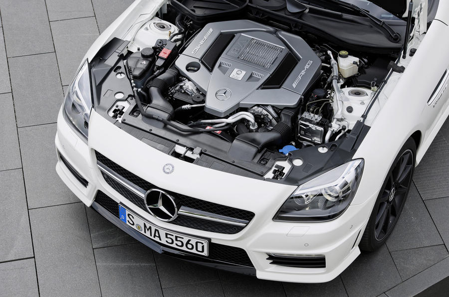 5.5-litre V8 Mercedes-AMG SLK 55 engine