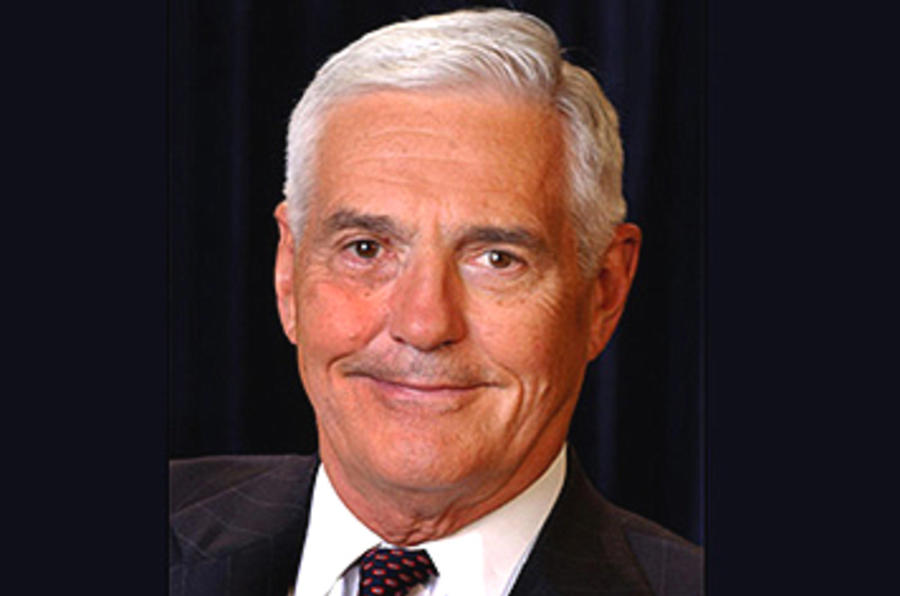 GM's Bob Lutz to retire