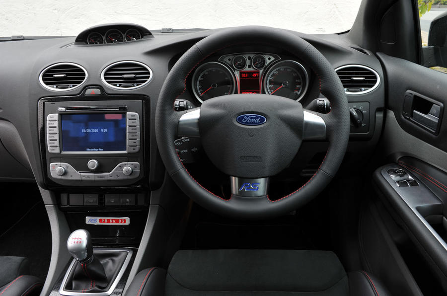 Ford Focus RS500 dashboard