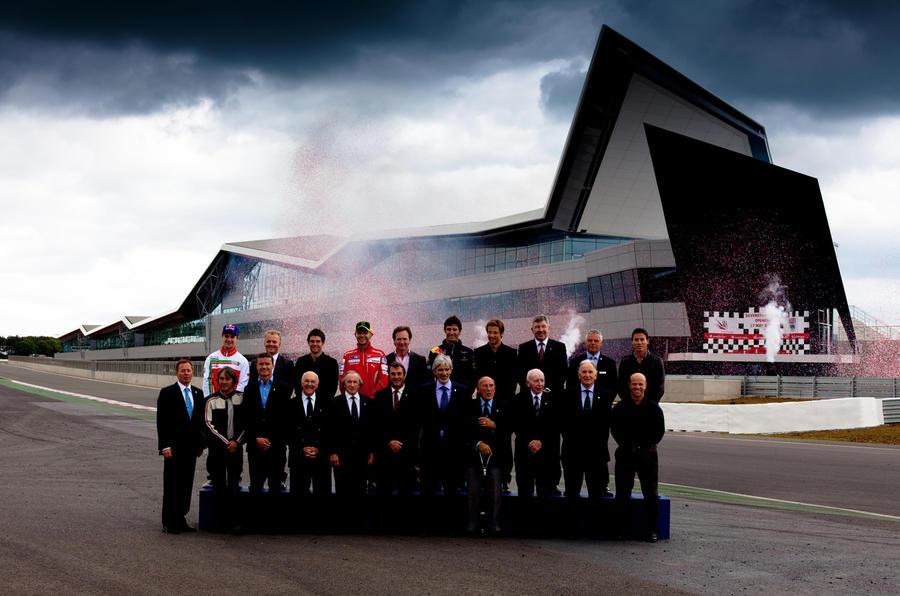 Silverstone unveils new F1 pits
