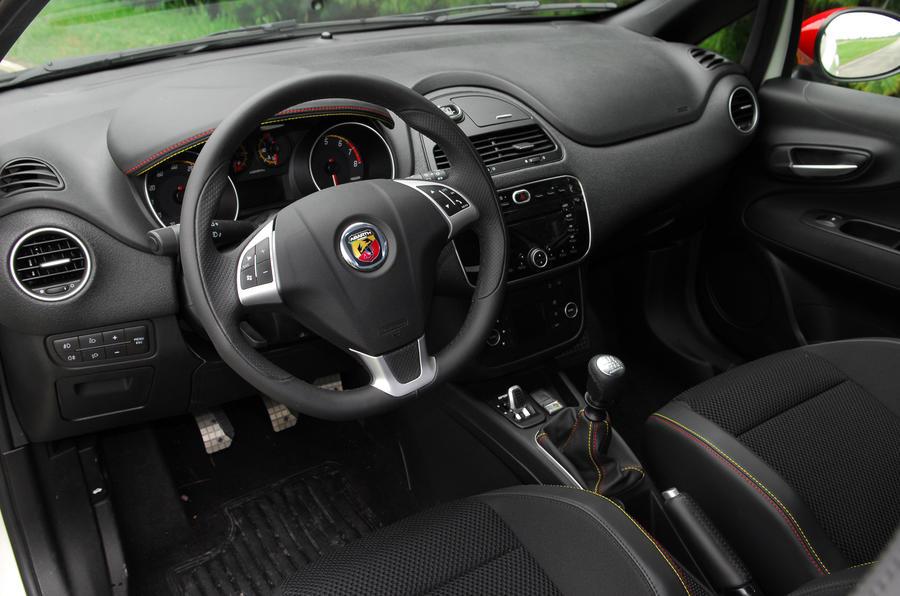 Fiat Punto Evo Abarth dashboard