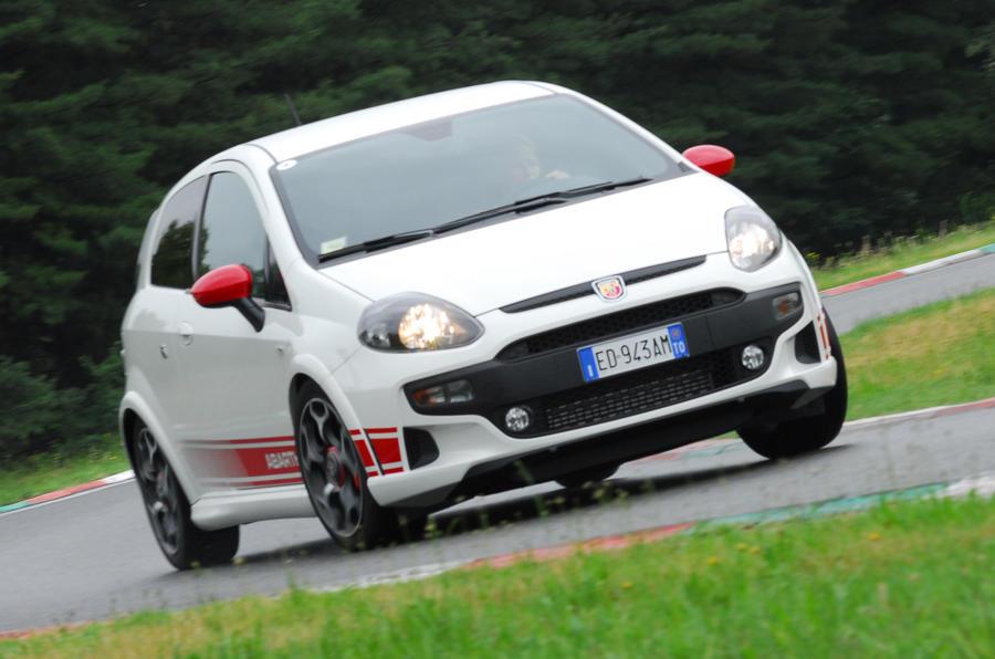 Fiat Punto Evo Abarth hard cornering