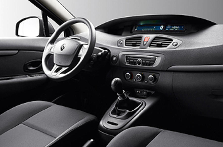 Renault Scenic interior