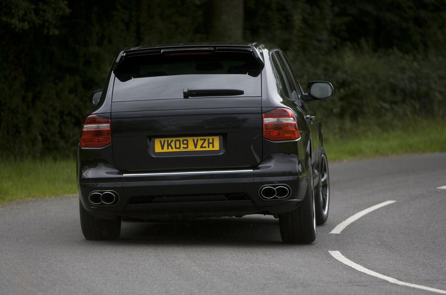 Porsche Cayenne Techart rear cornering