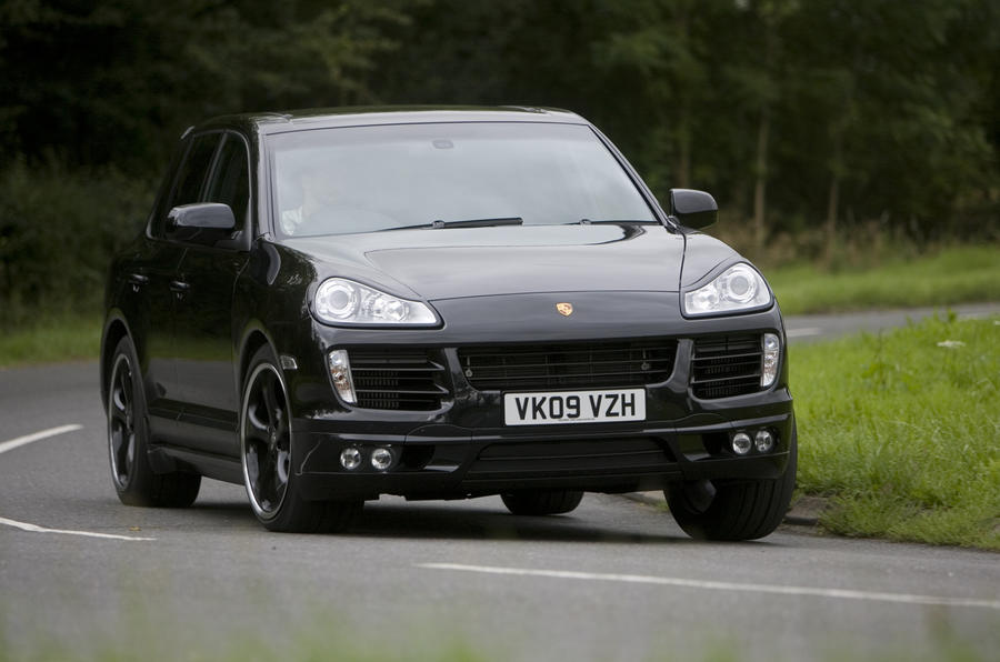 Porsche Cayenne Techart hard cornering