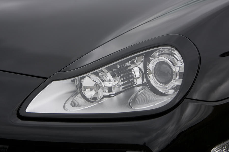 Porsche Cayenne Techart headlights