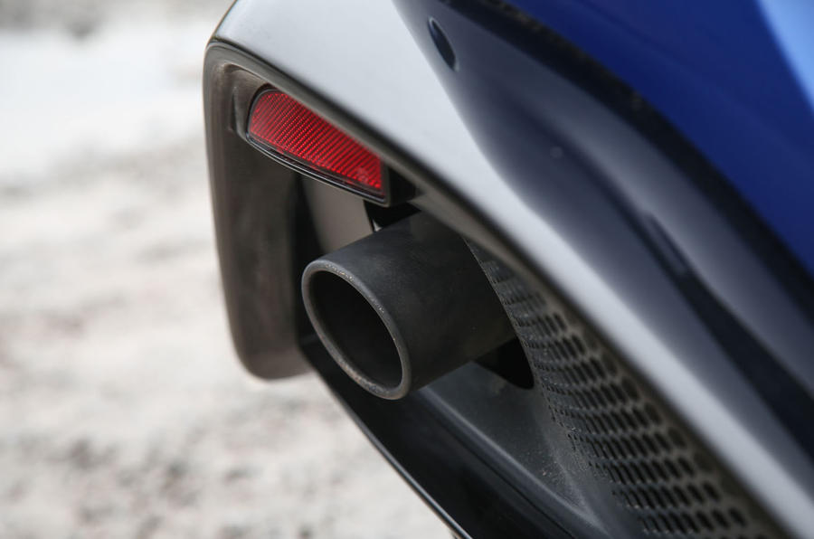 Aston Martin Vantage 2018 review exhaust