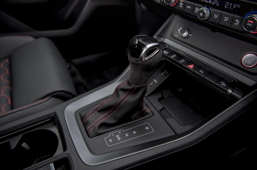 Audi RS Q3 2020 road test review - gearstick
