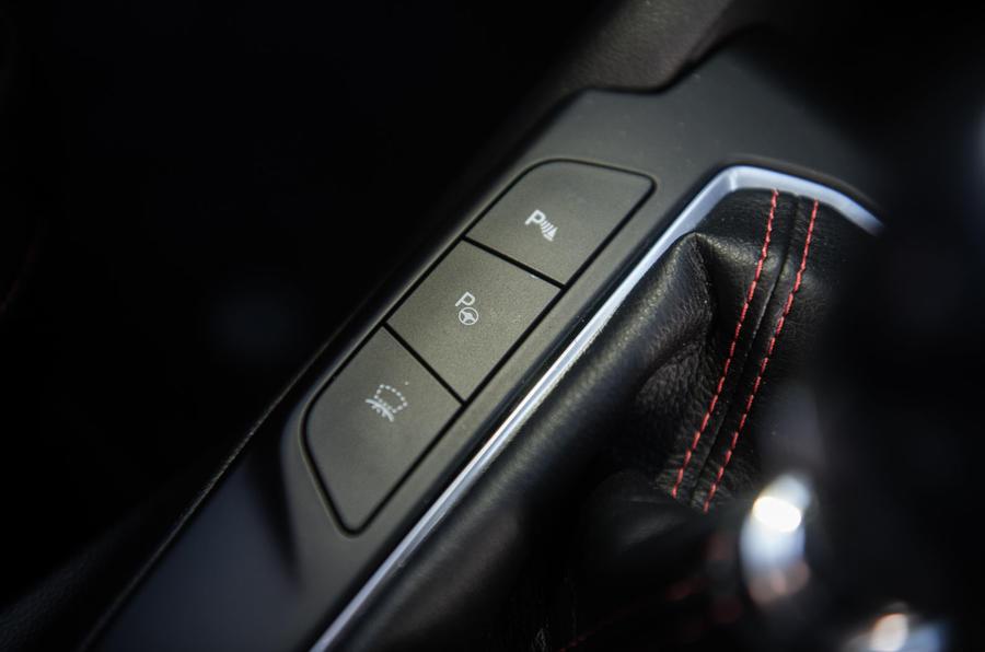 Ford Focus ST-line X 2019 road test review - parking assist