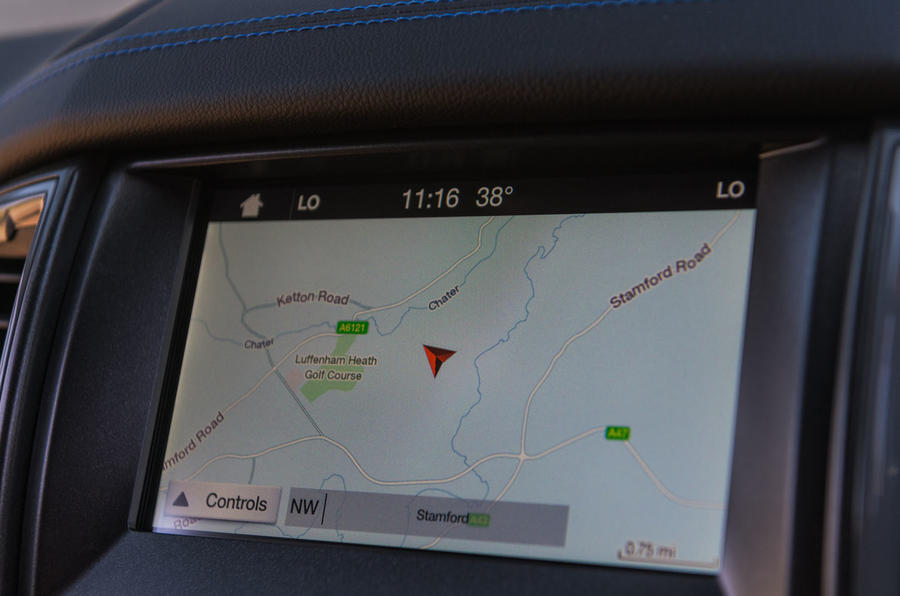 Ford Ranger Raptor 2019 road test review - navigation