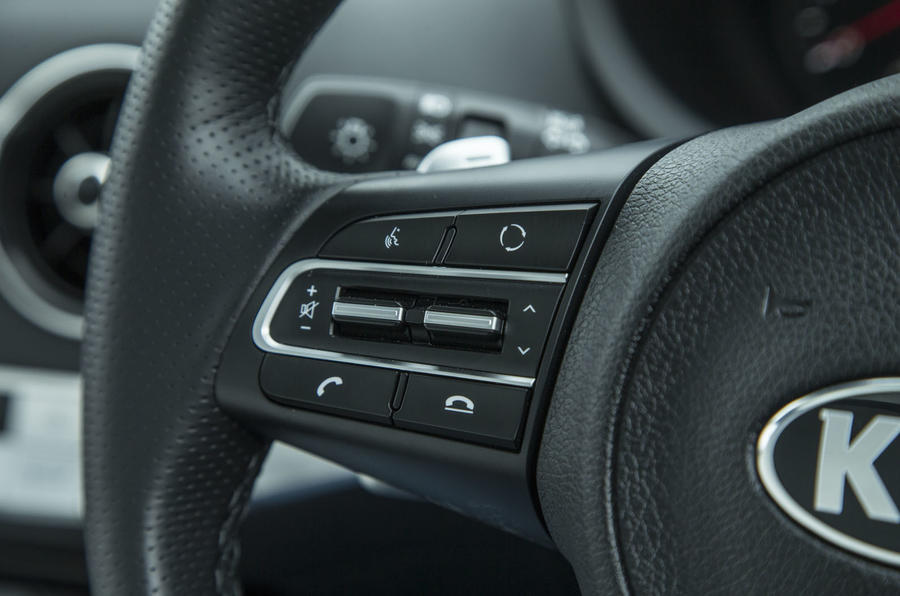 Kia Stinger GT line 2018 review wheel infotainment buttons