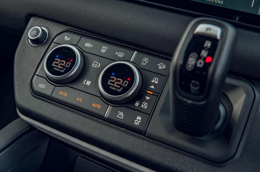 Land Rover Defender 2020 : examen des essais routiers - contrôles climatiques