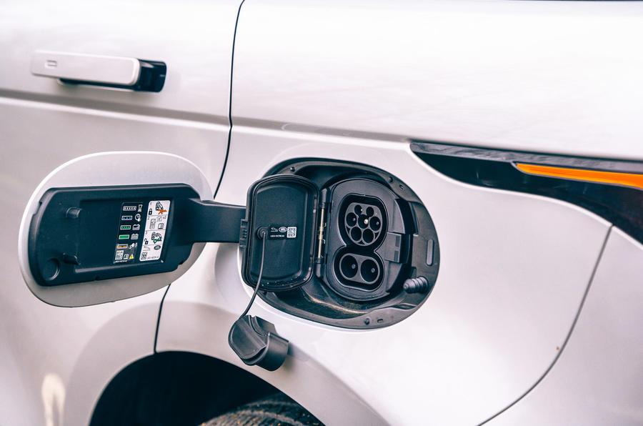 18 Land Rover Range Rover Evoque 2021 test routier examen port de tarification