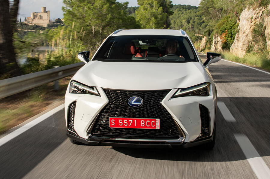 Lexus UX 2019 road test review - on the road nose