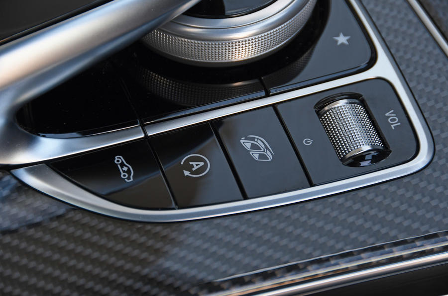 Mercedes-AMG GLC 63 S road test review exhaust button
