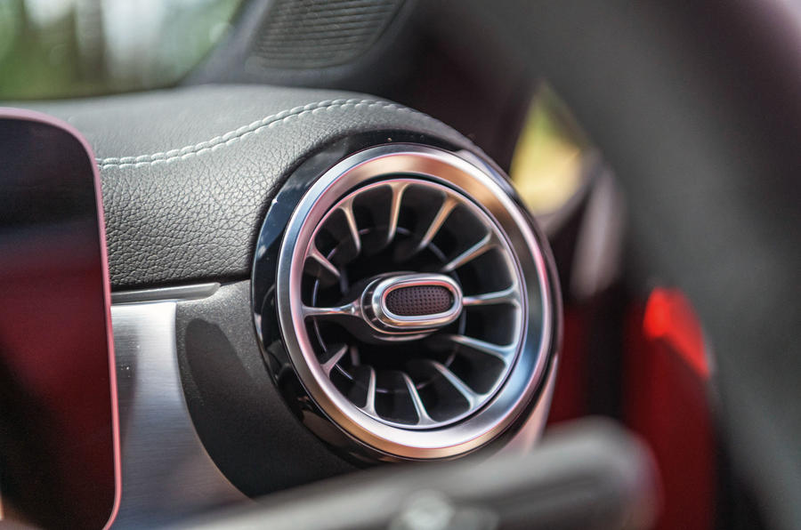 Mercedes-Benz CLA 2019 road test review - air vent