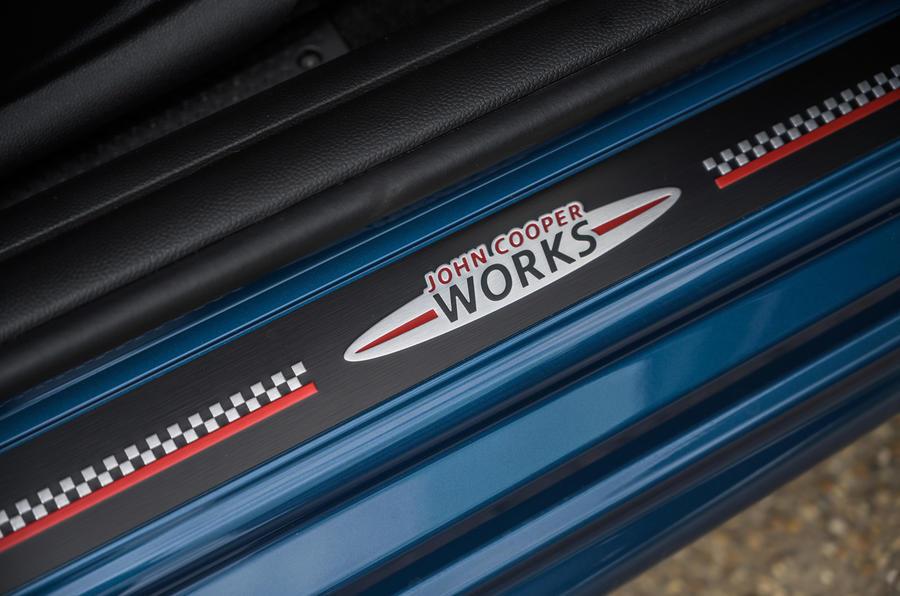 18 Mini Cabriolet 2021 RT plaques de seuil