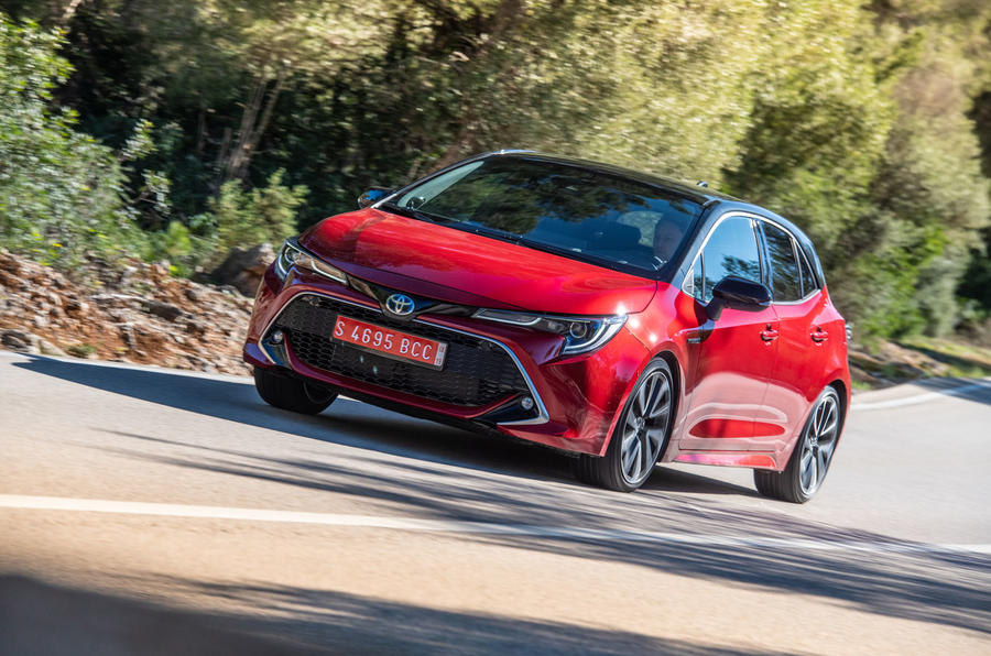 Toyota Corolla hybrid hatchback 2019 road test review - cornering front