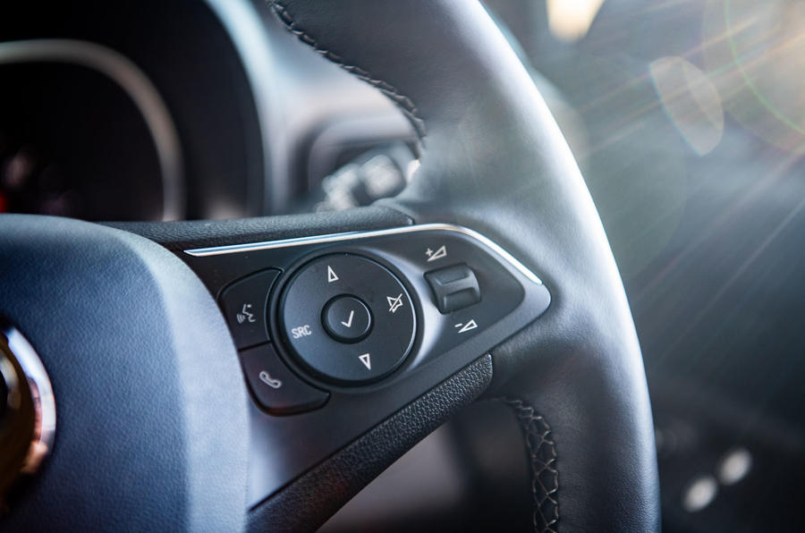 Vauxhall Combo Life 2018 road test review - steering wheel