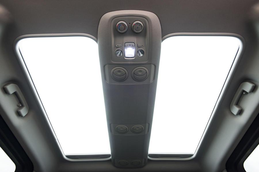 Vauxhall Vivaro Life 2019 road test review - sunroof