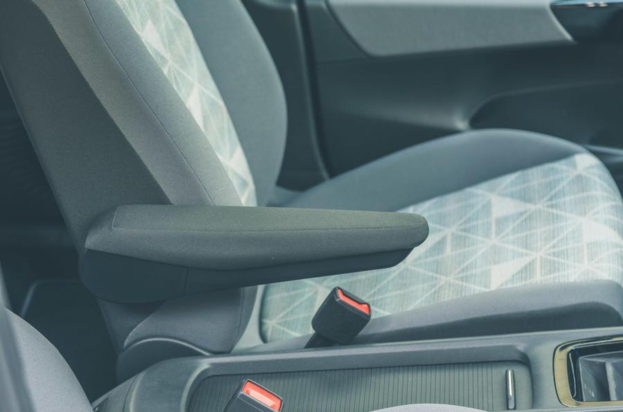 18 VW ID 3 2021 essai routier accoudoir