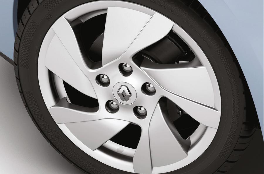 Renault Fluence ZE alloy
