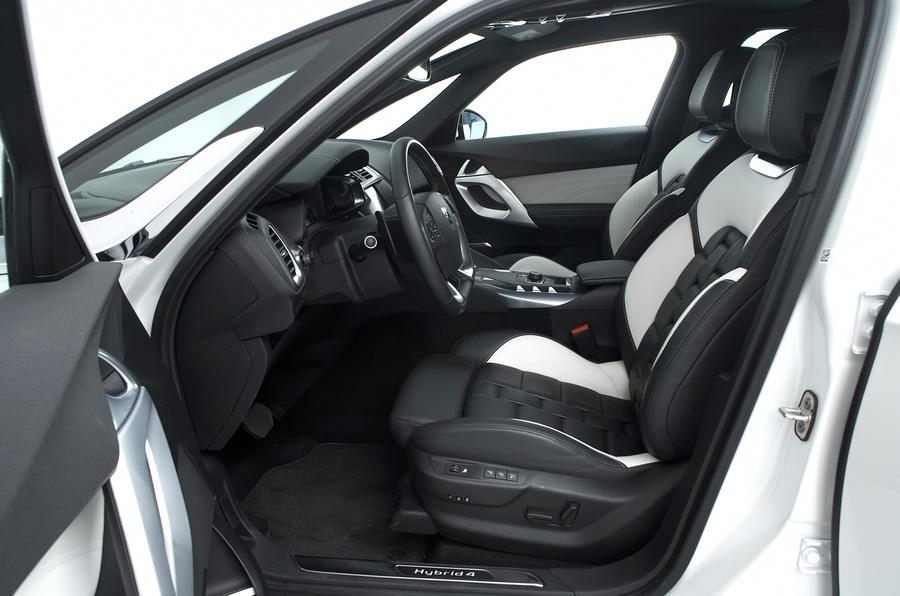 Citroën DS5 Hybrid4 interior
