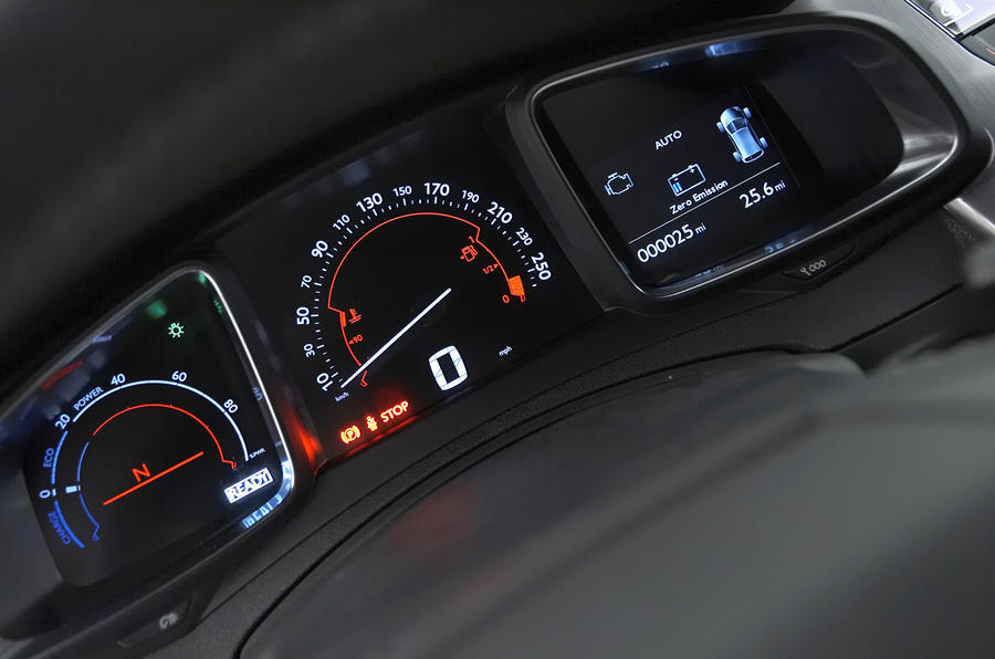 Citroën DS5 Hybrid4 instrument cluster