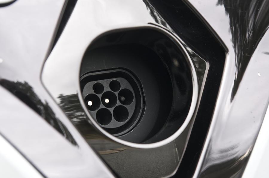 Renault Zoe charging port