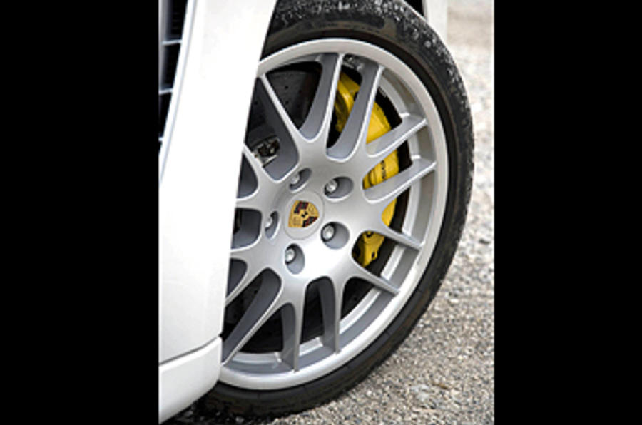 Porsche Panamera Turbo alloy wheels