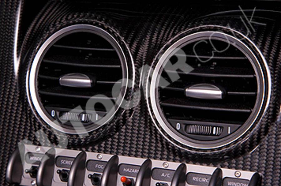 Noble M600 air vents