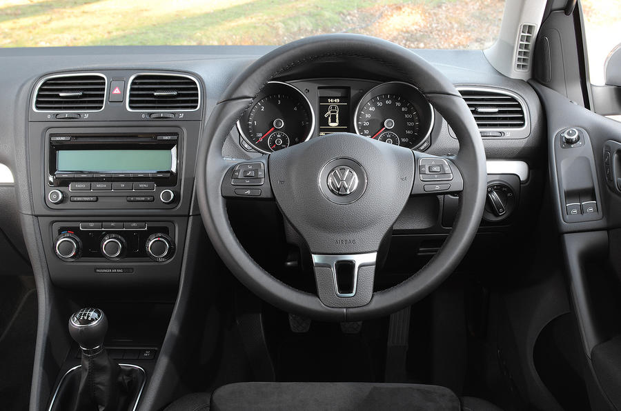 Volkswagen Golf 1 6 Tdi 105 Se Review Autocar