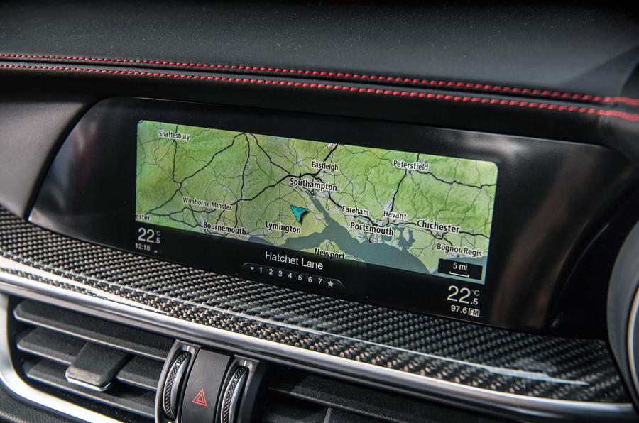Alfa Romeo Stelvio Quadrifoglio 2019 road test review - satnav