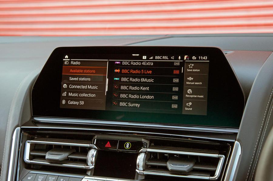 BMW 8 Series Coupé 2019 road test review - infotainment