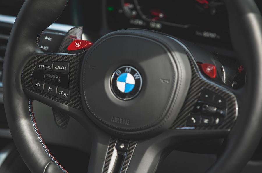 19 Volant de la BMW M4 Competition 2021 RT