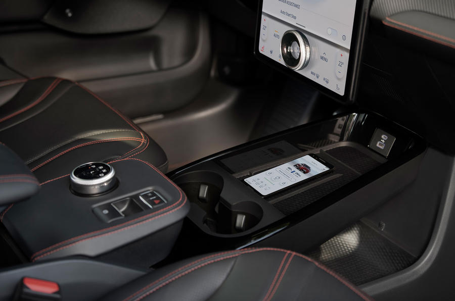 19 Ford Mustang Mach e 2021 RT console centrale