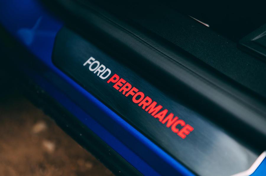 19 Ford Puma ST 2021 : essai routier des plaques de frottement