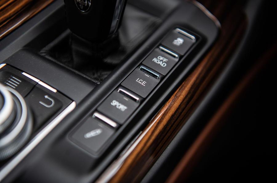Maserati Levante S GranLusso 2019 road test review - drive modes
