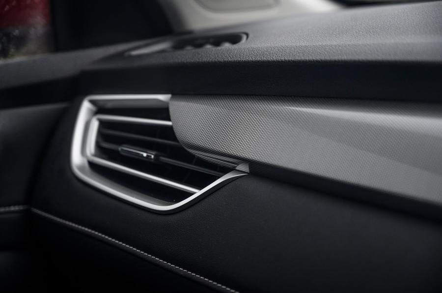 MG 5 SW EV 2020 Révision de l'essai routier - garniture intérieure
