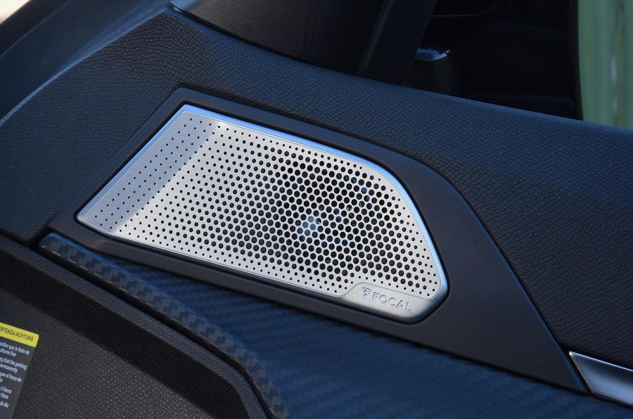 Peugeot 508 2018 road test review - speakers