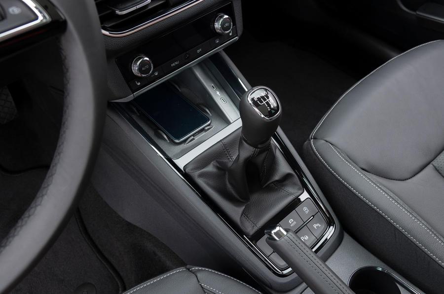 Skoda Kamiq 2019 road test review - centre console