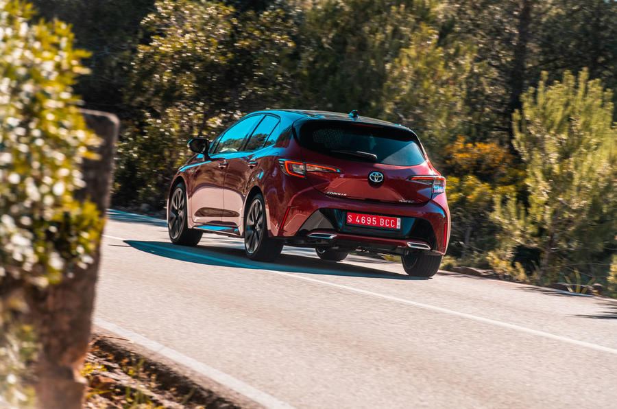 Toyota Corolla hybrid hatchback 2019 road test review - cornering rear