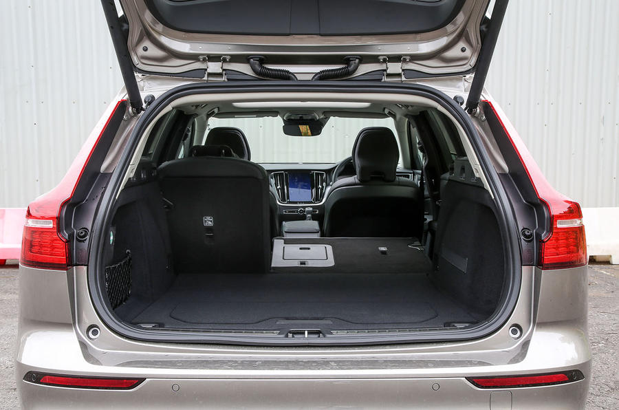 Volvo V60 2018 road test review split rear seats