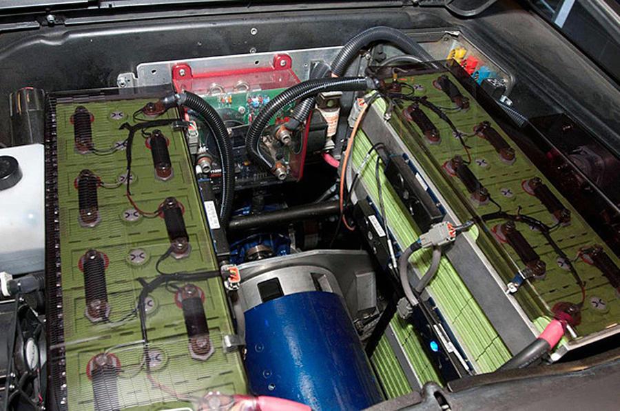 Electric DeLorean DMC-12 planned