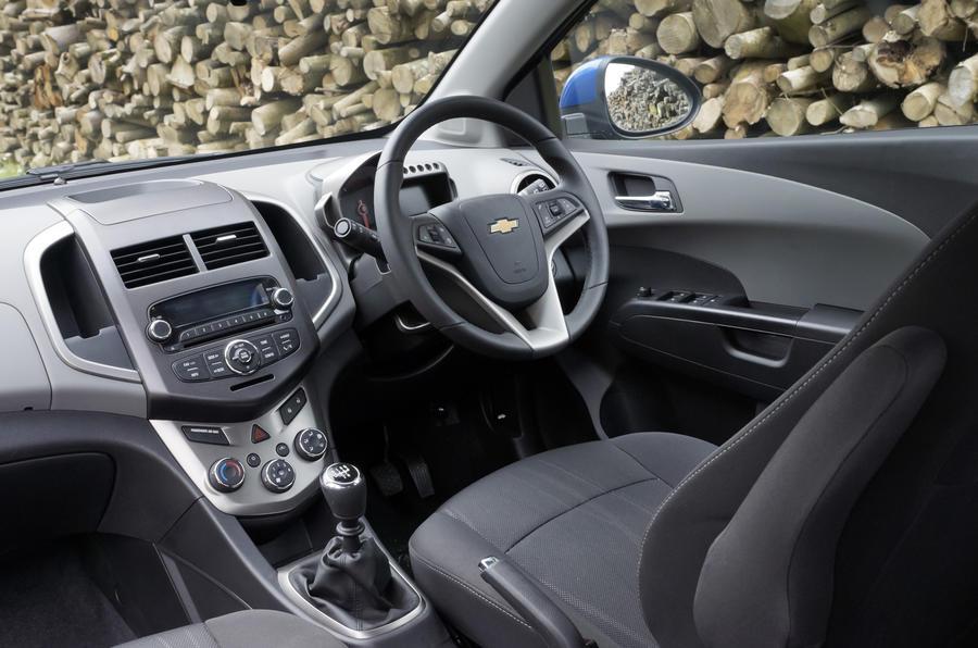 Chevrolet Aveo dashboard