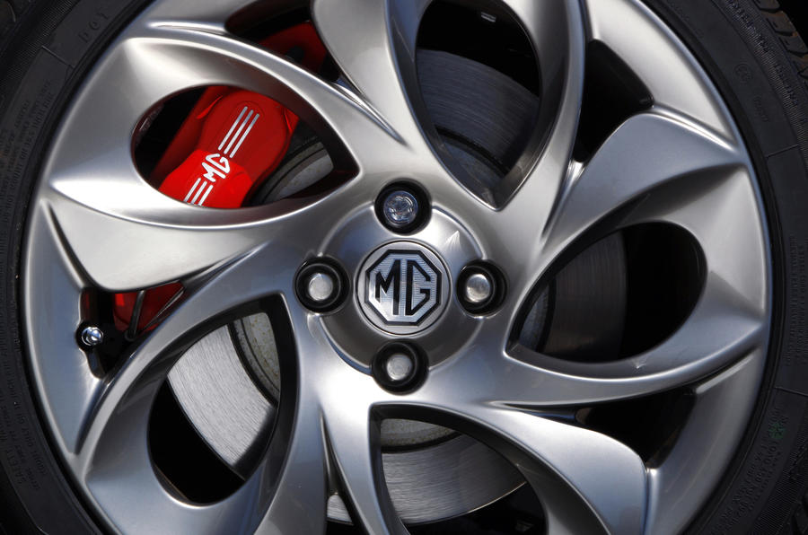 MG TF 85th Anniversary red brake calipers