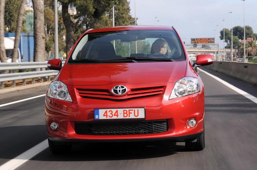 Toyota Auris front end