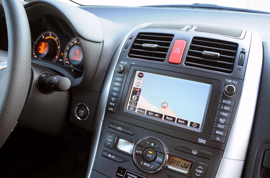 Toyota Auris infotainment system